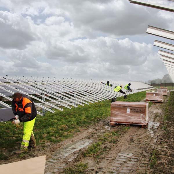 opbouw_zonnepark_SADC_GroeneHoek_Schiphol_02
